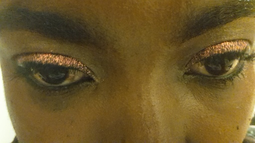 pailettes_yeux.jpg